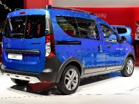 Dacia Dokker Stepway Paris 2014