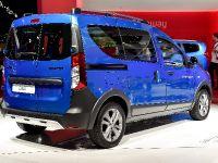 Dacia Dokker Stepway Paris 2014