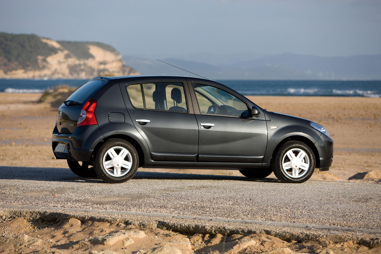 Дизельные версии Dacia Sandero доступны в коммерческой сети - фотография №5