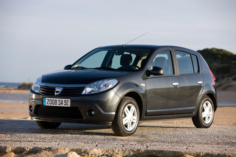 Дизельные версии Dacia Sandero доступны в коммерческой сети - фотография №8
