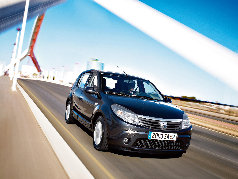 Дизельные версии Dacia Sandero доступны в коммерческой сети - фотография №13