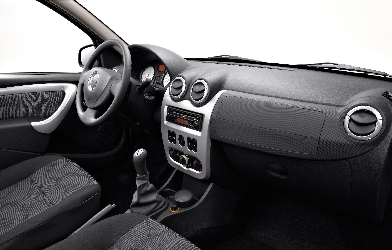 Дизельные версии Dacia Sandero доступны в коммерческой сети - фотография №15