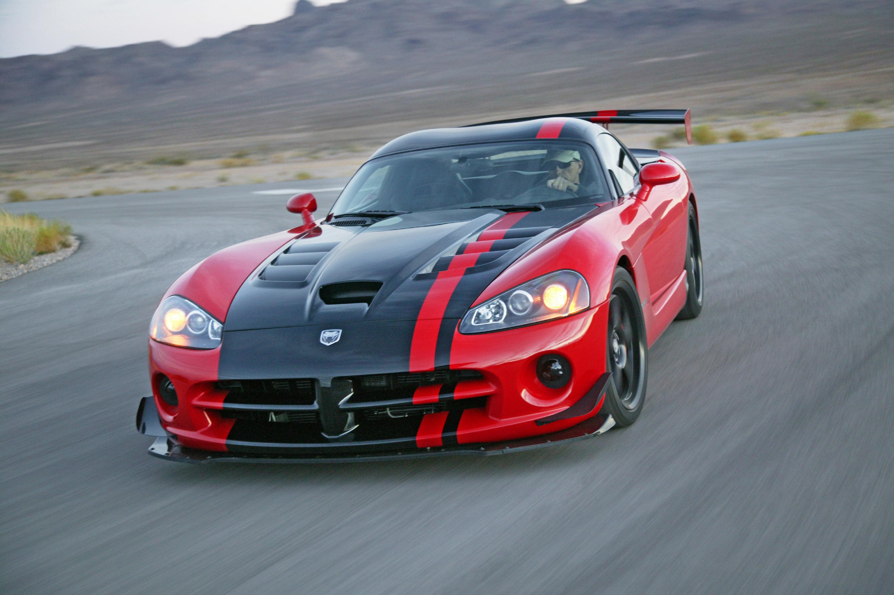 даже название спортивных машин и фото визажисты считают