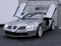 Famous Parts Mercedes-Benz SLR McLaren Roadster