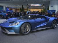 thumbs Ford GT Detroit 2015