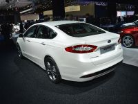 Ford Mondeo Hybrid Electric Paris 2012