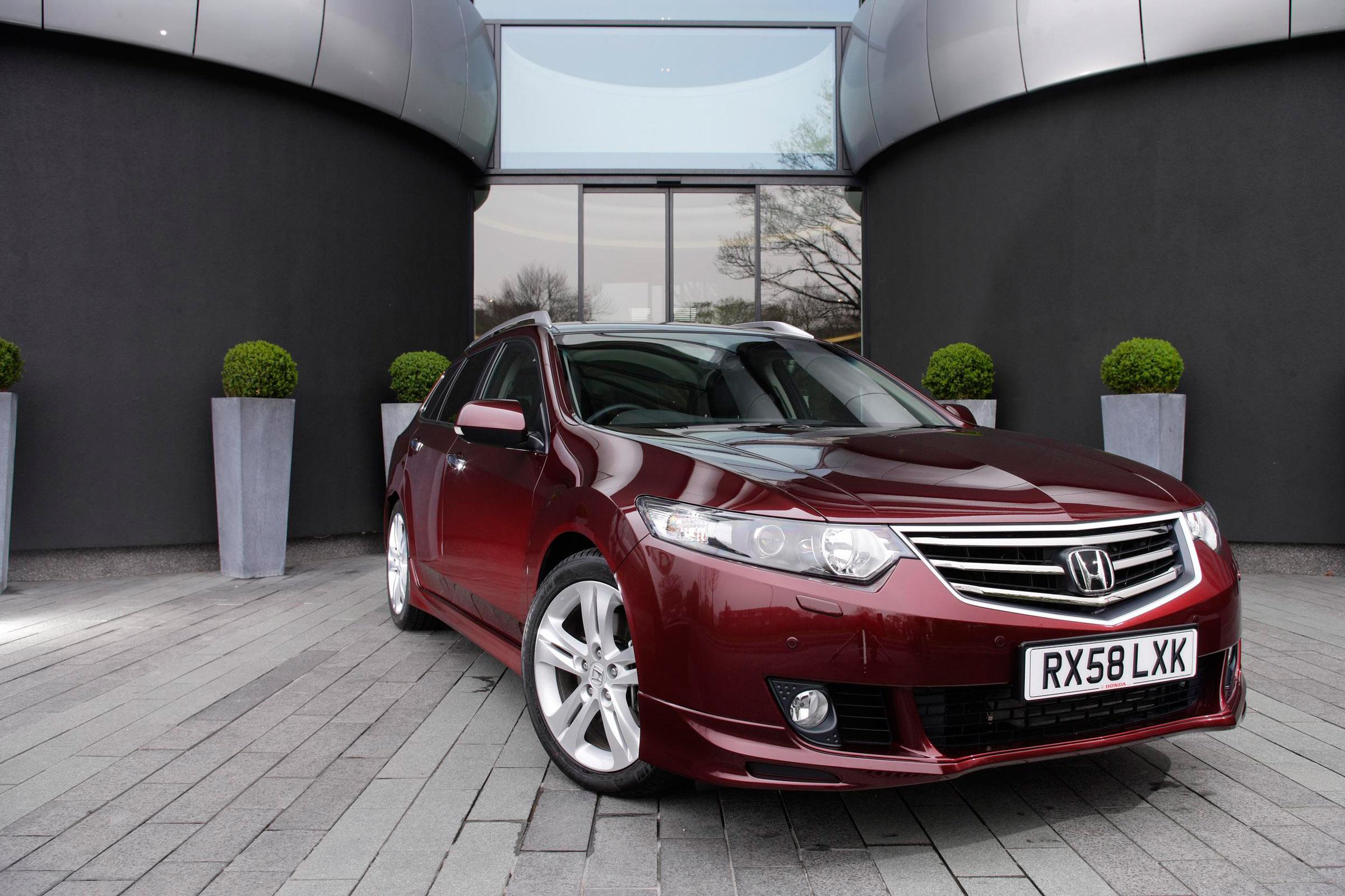 Acura в прямом эфире в 2011 TSX Sport Wagon премьера - фотография №1