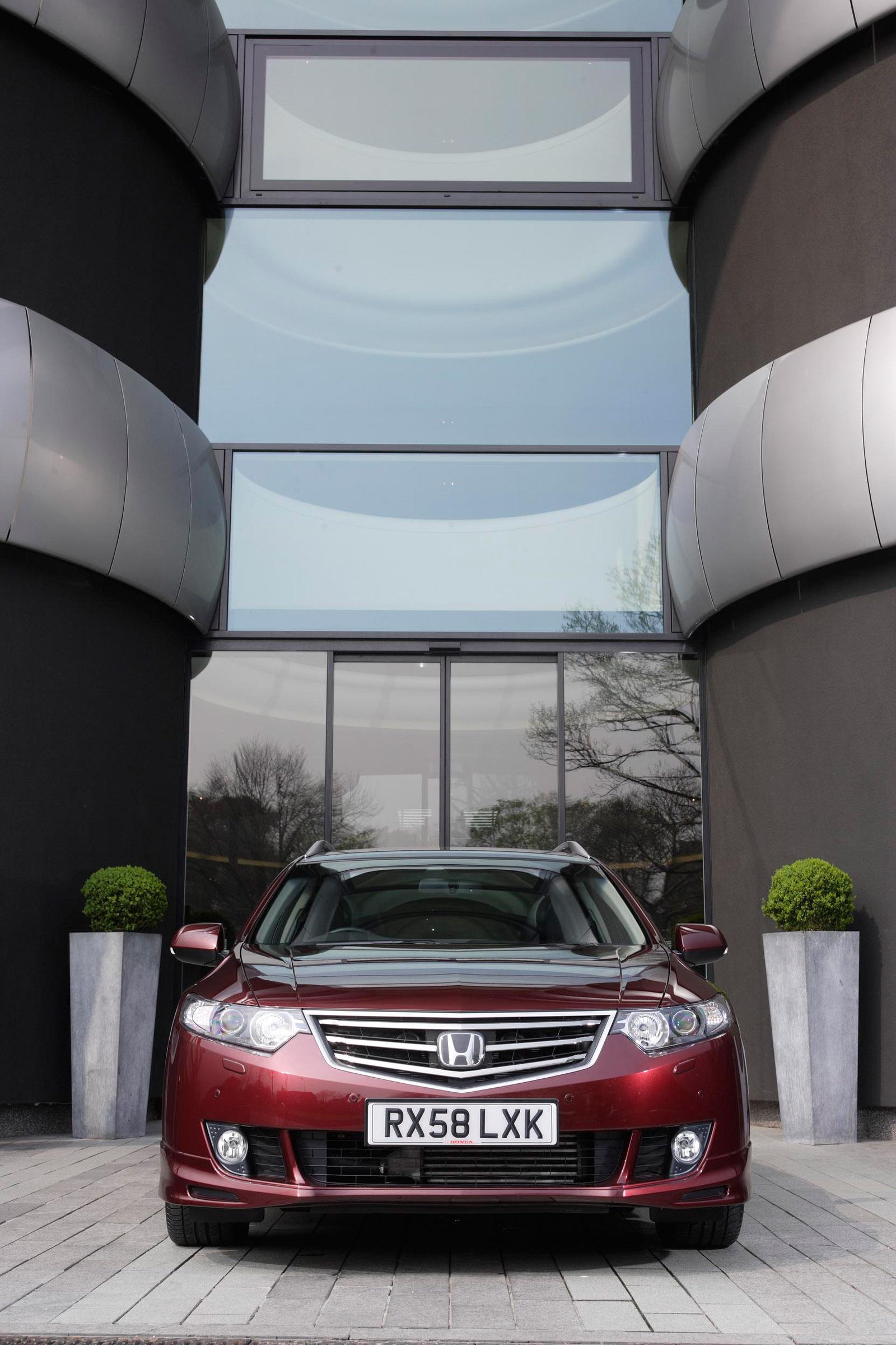Acura в прямом эфире в 2011 TSX Sport Wagon премьера - фотография №4