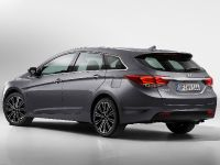 Hyundai New i40 Tourer and Saloon