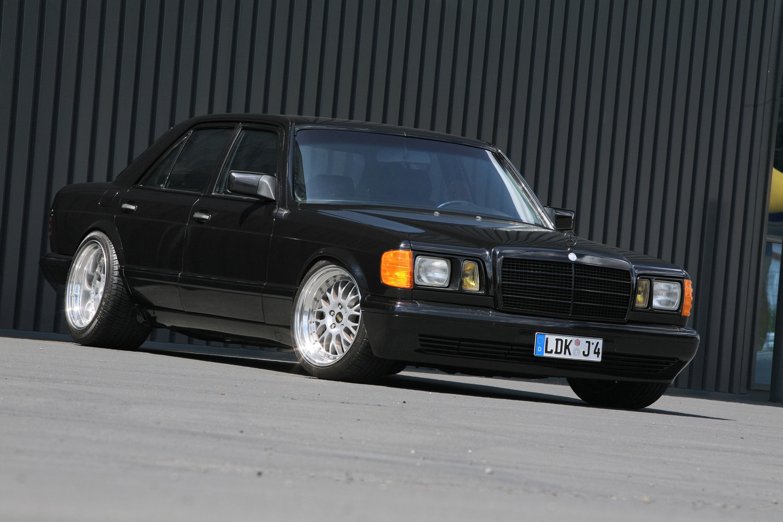 INDEN-Design Mercedes-Benz 560 SE - настоящий гангстерский автомобиль для бегства - фотография №5