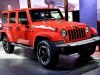 thumbs Jeep Wrangler Paris 2014