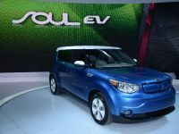 Kia Soul EV Chicago 2014