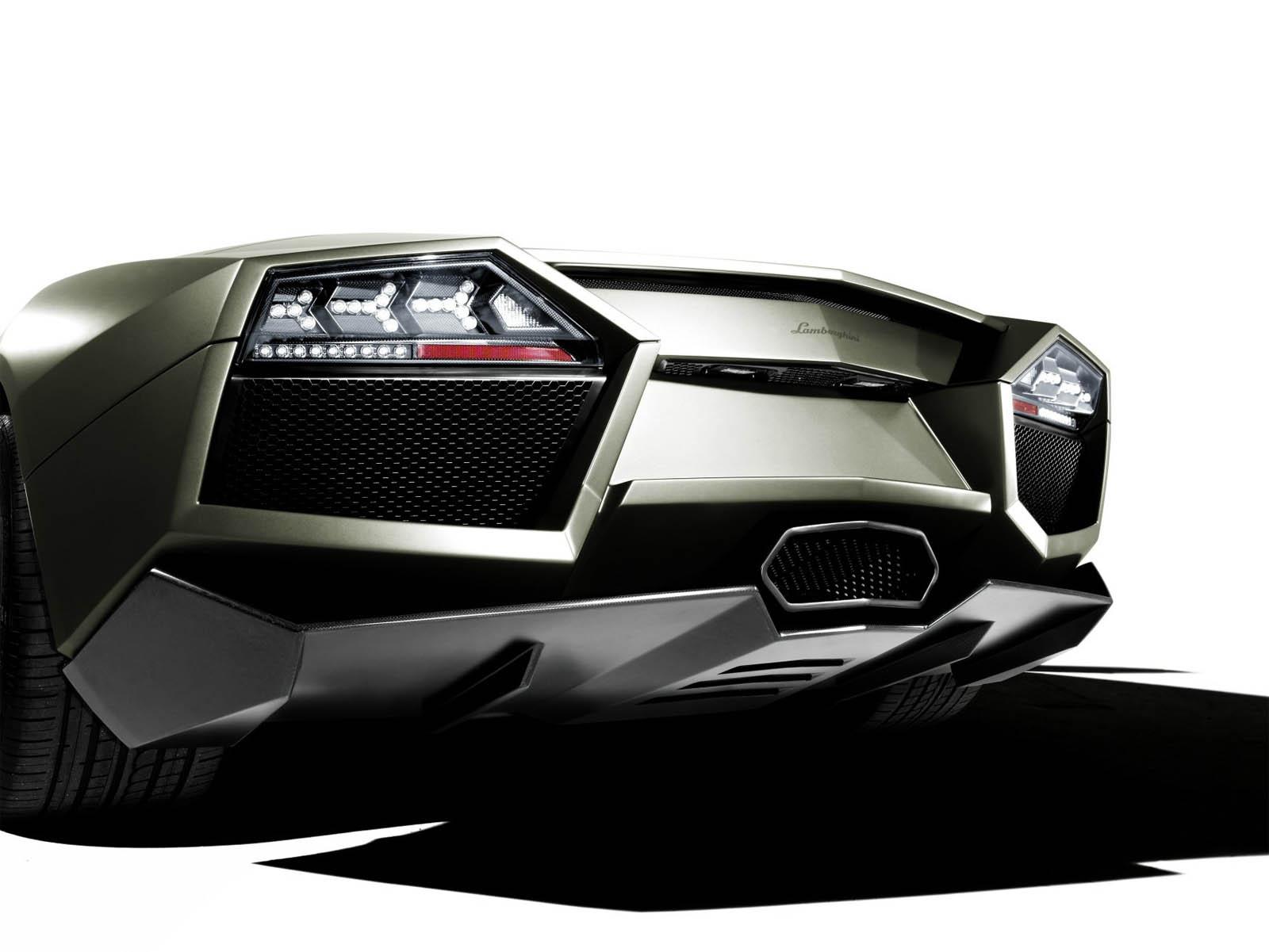 Lamborghini выбирает новый Алмаз черный Zircotec покрытия для Reventón - фотография №2