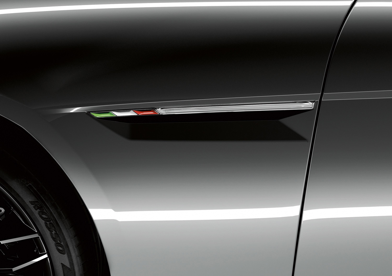 Lamborghini Estoque - Итальянский спортивный седан - фотография №10