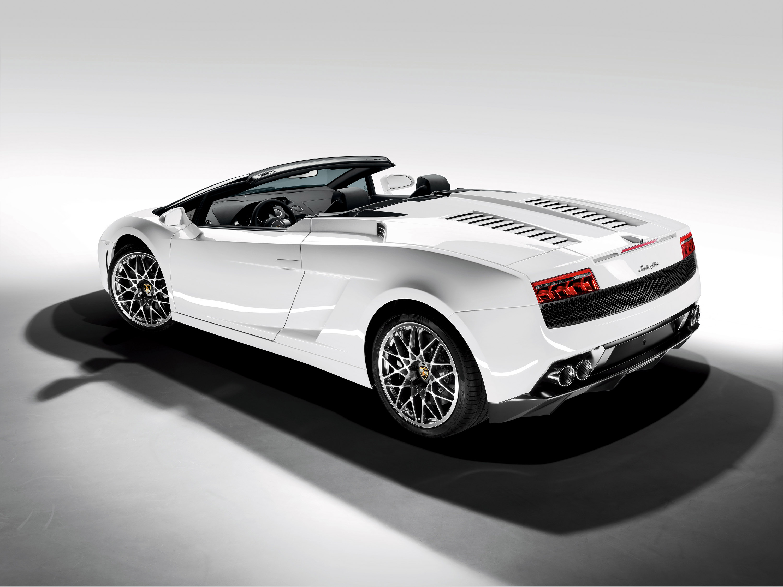 Automobili Lamborghini дебютирует Gallardo LP 560-4 Spyder на Los Angeles Auto Show - фотография №2