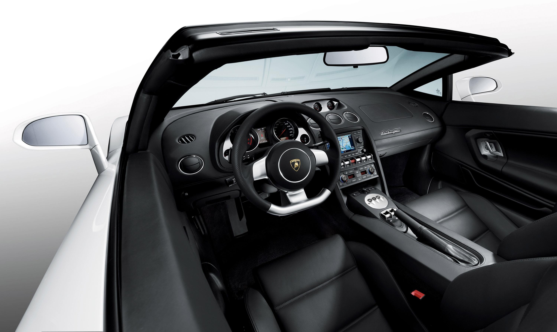 Automobili Lamborghini дебютирует Gallardo LP 560-4 Spyder на Los Angeles Auto Show - фотография №4