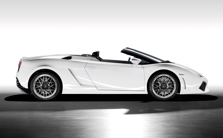 Automobili Lamborghini дебютирует Gallardo LP 560-4 Spyder на Los Angeles Auto Show - фотография №6