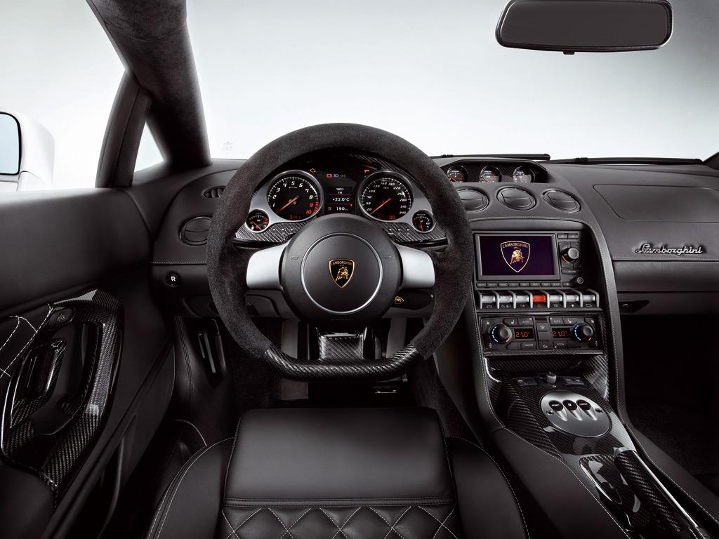 Lamborghini Gallardo LP560-4 - фотография №7