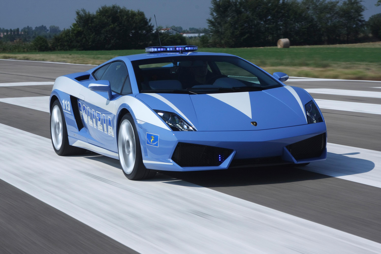 """Lamborghini отдает новых """"Gallardo LP560-4 Polizia"""" итальянской государственной полиции - фотография №8"""