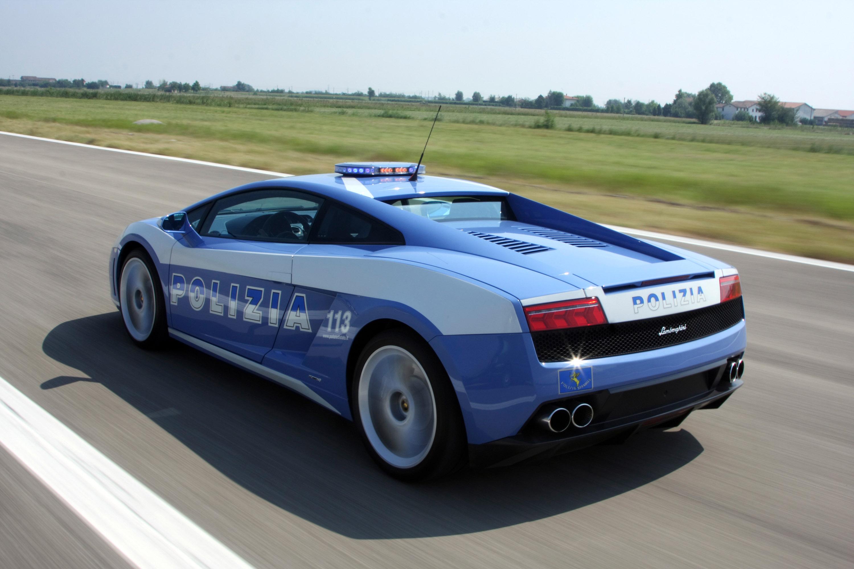 """Lamborghini отдает новых """"Gallardo LP560-4 Polizia"""" итальянской государственной полиции - фотография №9"""