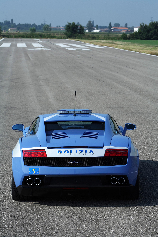 """Lamborghini отдает новых """"Gallardo LP560-4 Polizia"""" итальянской государственной полиции - фотография №12"""
