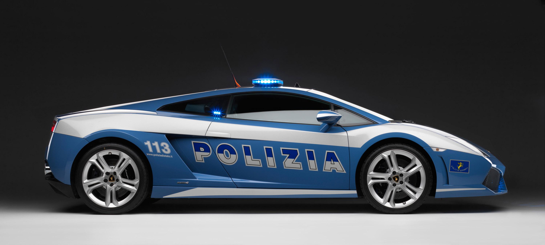 """Lamborghini отдает новых """"Gallardo LP560-4 Polizia"""" итальянской государственной полиции - фотография №13"""
