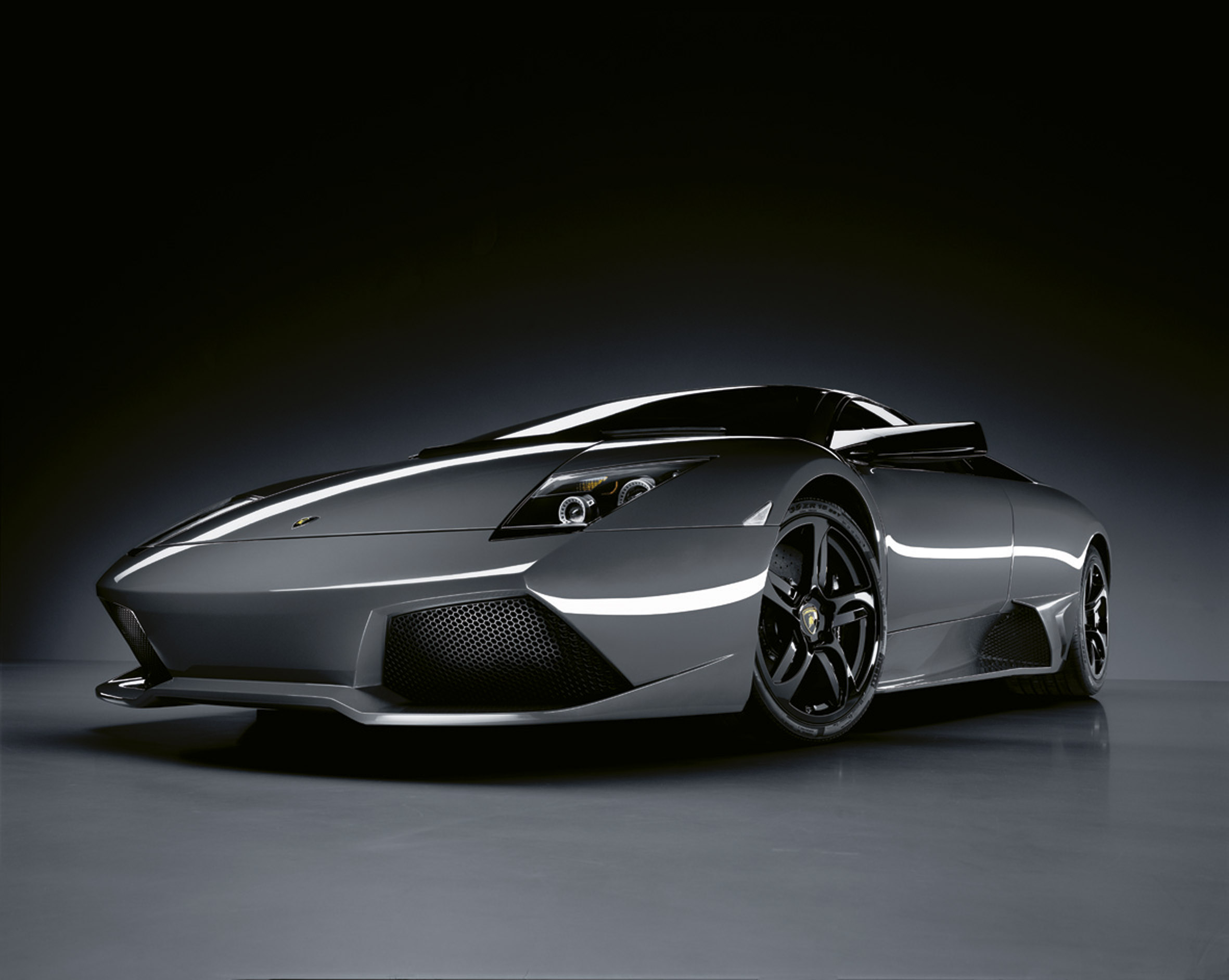 """Lamborghini делает другой знаковых появление в последние Бэтмен фильм """"Темный рыцарь"""" - фотография №5"""