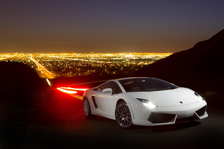 Lamborghini объявляет цены на новый Gallardo LP560-4  - фотография №1
