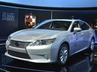 Lexus ES 300h Hybrid New York 2012