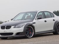 LUMMA BMW M5 CLR 730 RS