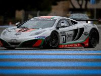 McLaren MP4-12C GT3 at the race track