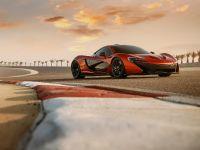 McLaren P1 in Bahrain