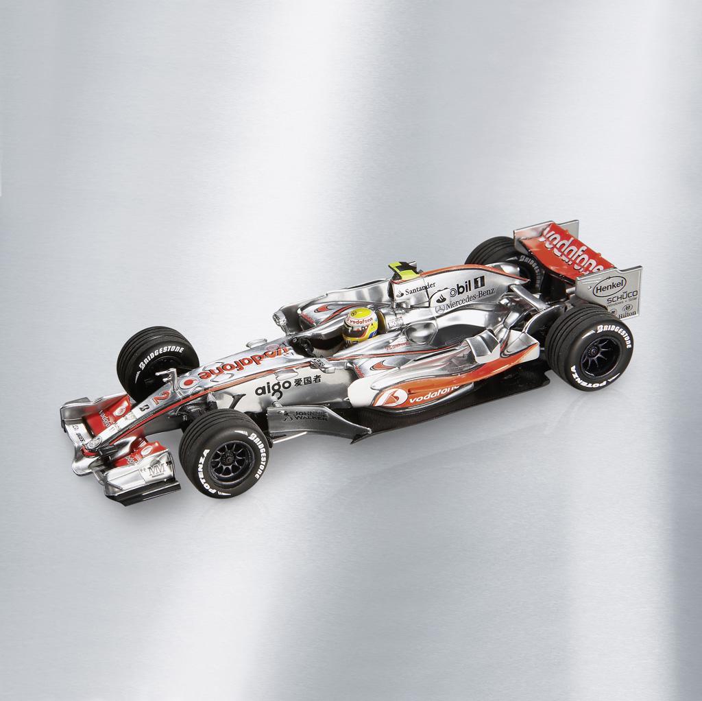 Mercedes-Benz Accessories GmbH представлена в 2008 Motorsports коллекции - фотография №1