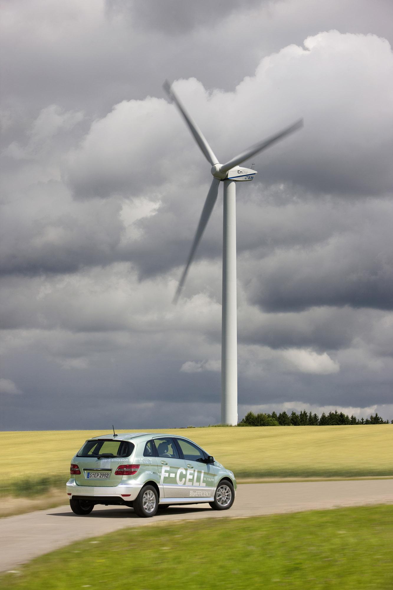 Mercedes-Benz B-класса F-CELL - новый ноль выбросов strike - фотография №4