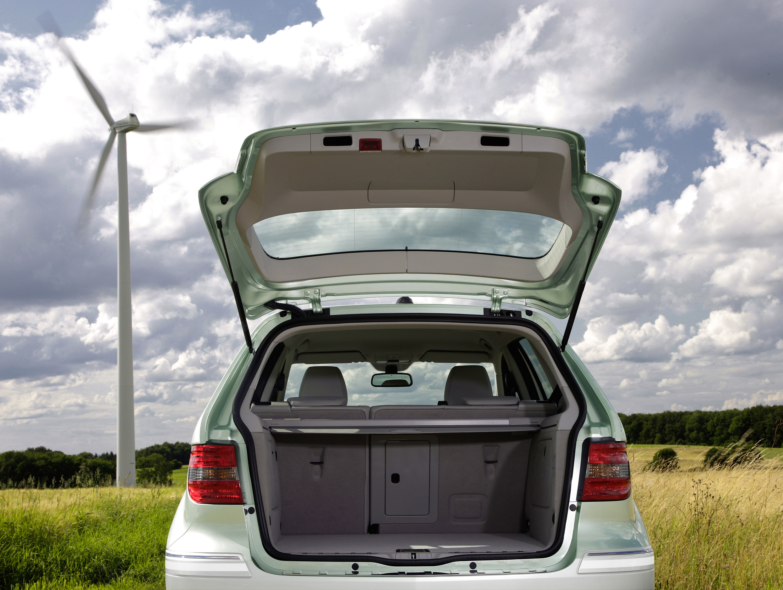 Mercedes-Benz B-класса F-CELL - новый ноль выбросов strike - фотография №6