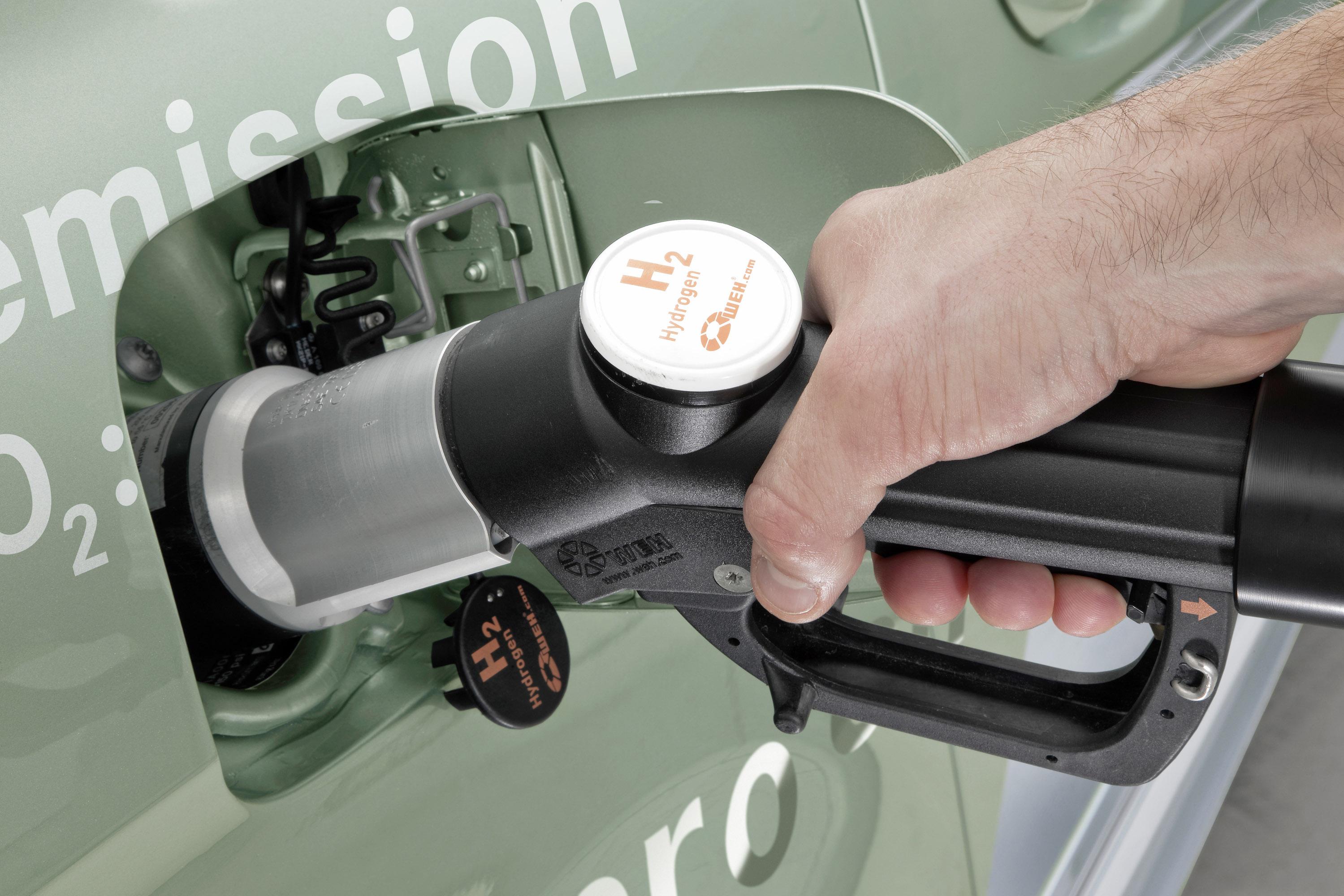 Mercedes-Benz B-класса F-CELL - новый ноль выбросов strike - фотография №7