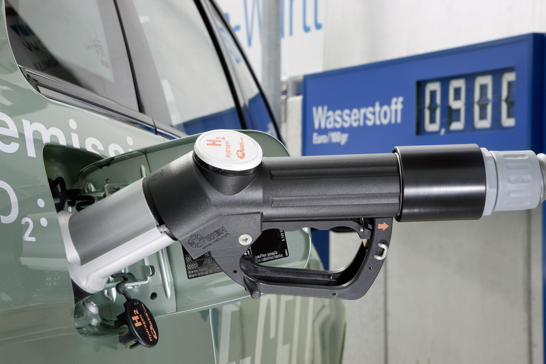 Mercedes-Benz B-класса F-CELL - новый ноль выбросов strike - фотография №8
