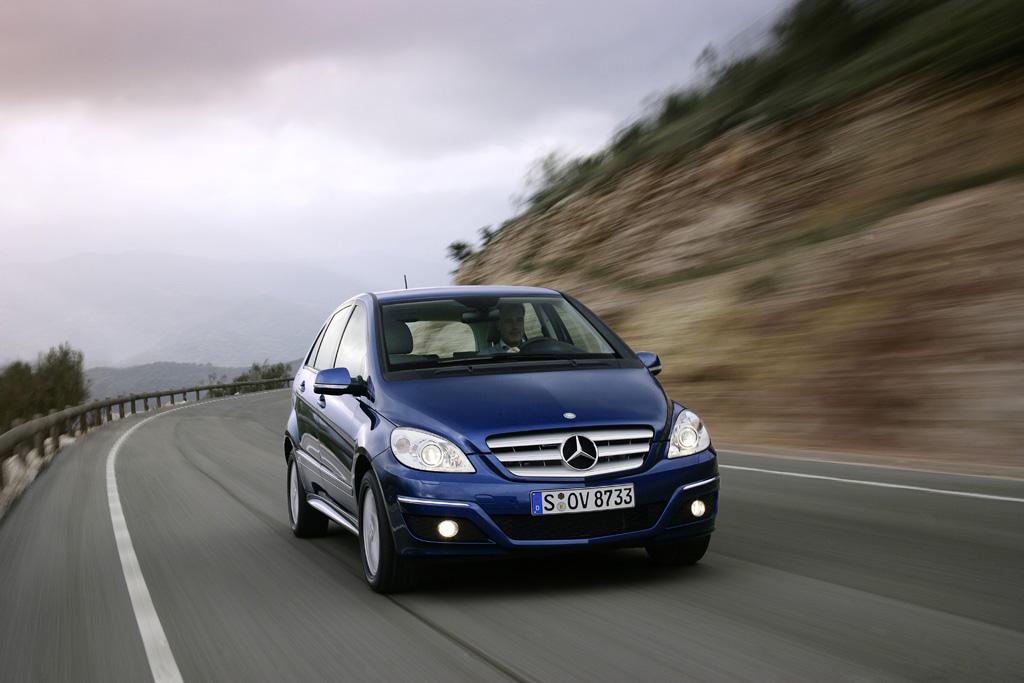 Mercedes-Benz B-Класс - фотография №3