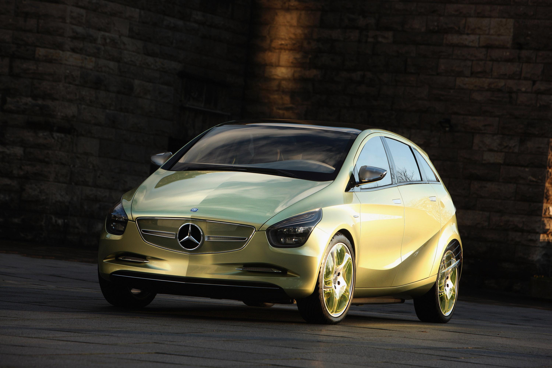 Mercedes-Benz Concept BlueZERO: три раза доказательством повседневная практичность нулевым уровнем выбросов транспортных средств - фотография №16