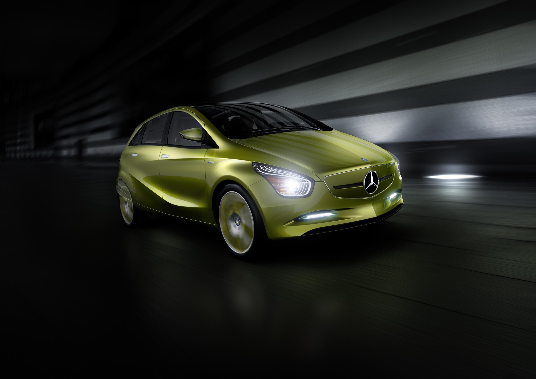 Mercedes-Benz Concept BlueZERO: три раза доказательством повседневная практичность нулевым уровнем выбросов транспортных средств - фотография №22