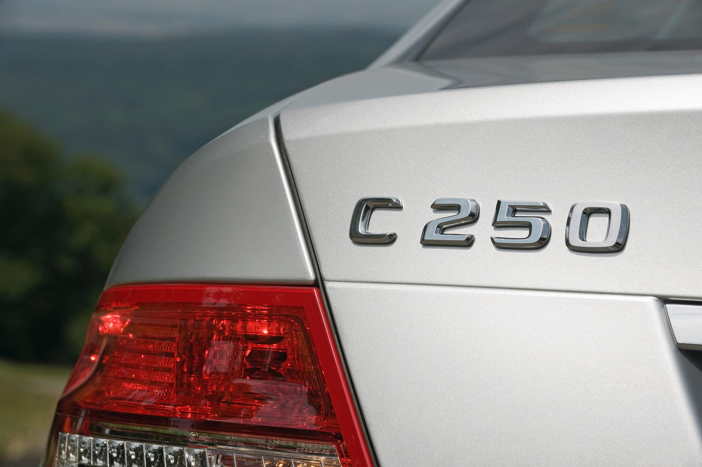 Mercedes-Benz C 250 CDI BlueEFFICIENCY Prime Edition: эффективность и удовольствие от вождения на новый самолет - фотография №7