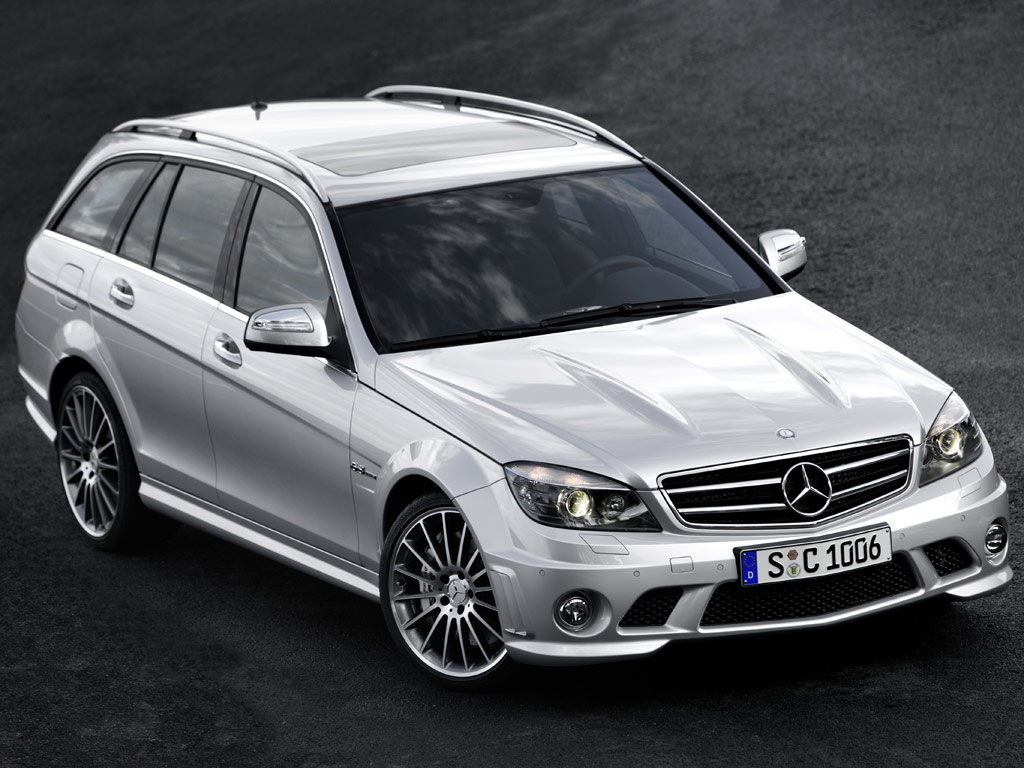 Mercedes-Benz C 63 AMG Estate - фотография №2
