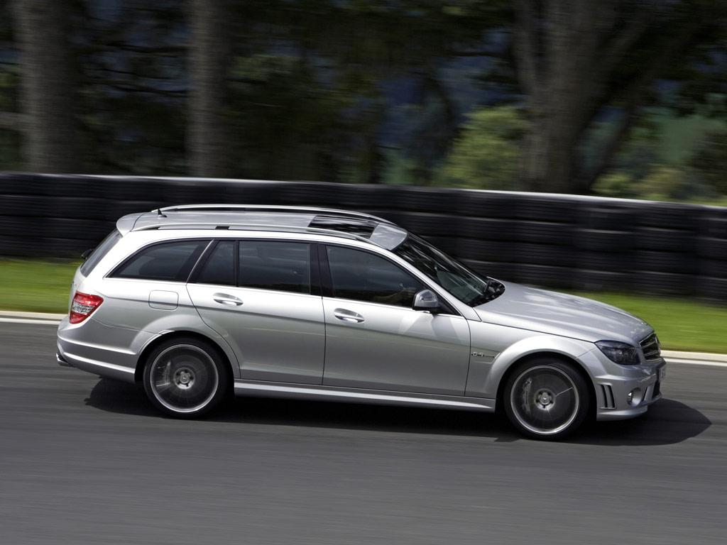 Mercedes-Benz C 63 AMG Estate - фотография №6