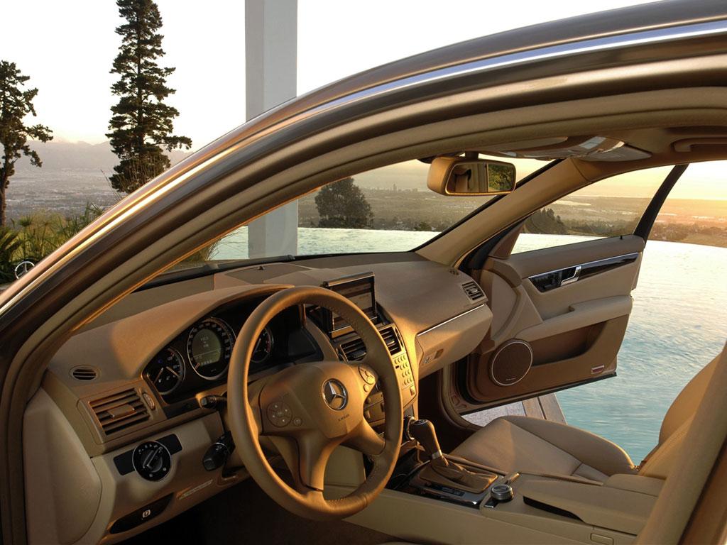 Mercedes-Benz C-Класс - фотография №7