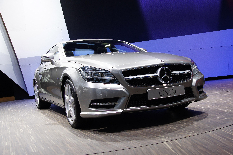 2012 Mercedes-Benz CLS сделать свой официальный дебют в Париже - фотография №1