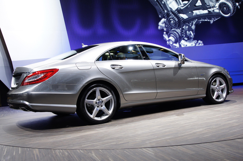 2012 Mercedes-Benz CLS сделать свой официальный дебют в Париже - фотография №3