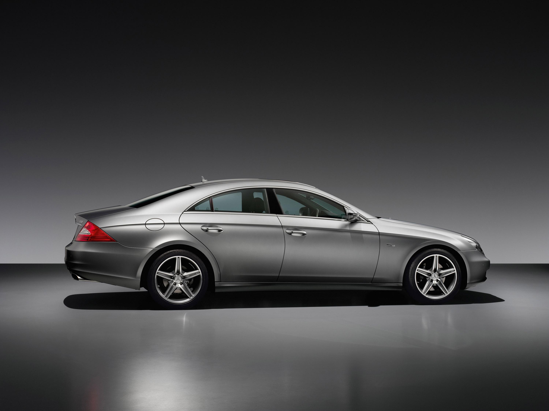 Mercedes-Benz CLS Grand Edition: эксклюзивный стиль, концентрированный элегантность и захватывающие линии - фотография №9