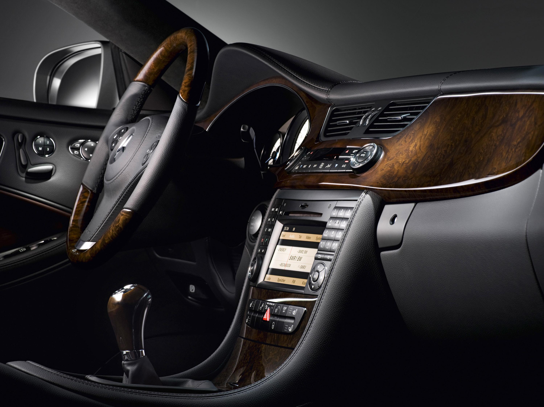 Mercedes-Benz CLS Grand Edition: эксклюзивный стиль, концентрированный элегантность и захватывающие линии - фотография №13