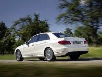 thumbs Mercedes-Benz E 200 Natural Gas Drive