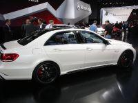 Mercedes-Benz E 63 AMG saloon Detroit 2013